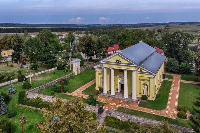 Церковь св.Иоанна Крестителя в Мелагенай